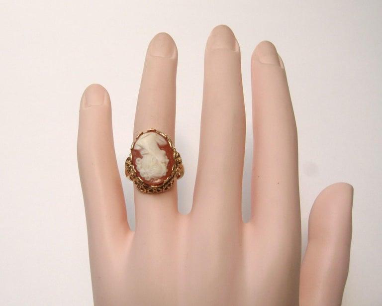 Women's 14 Karat Gold Cameo Ring For Sale