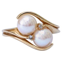 14K Gold Ivory Cultured Pearl and Diamond Bypass Ring circa 1990s