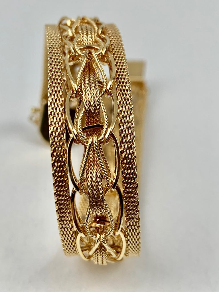 Contemporary  Mesh Bracelet-Finely Woven 14k Yellow Gold-1950s For Sale