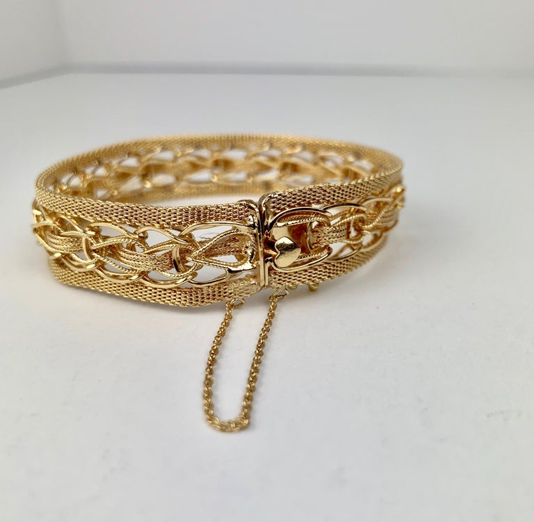Mesh Bracelet-Finely Woven 14k Yellow Gold-1950s For Sale 1