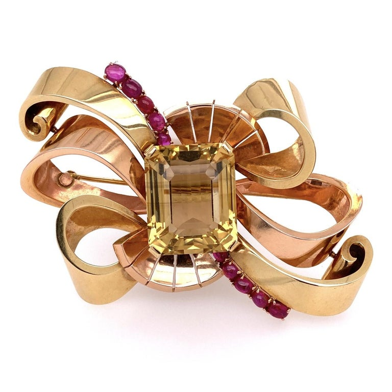 14 Karat Retro Green and Rose Gold Brooch with 49 Carat Citrine and Rubies 41.6g In Excellent Condition For Sale In Miami, FL