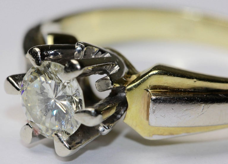 14K solitaire diamond ring approx. 0.82 carat VVS, F, white In Good Condition For Sale In Berlin, DE