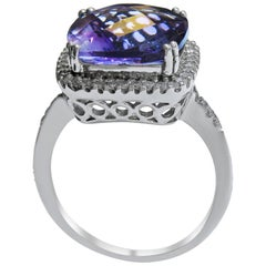 14 Karat Vintage Amethyst and Diamond Ladies Ring
