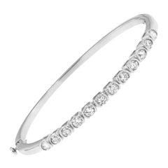 14K White Gold 1 7/8 Cttw Round Cut Diamond Bonds of Love Bangle 'H-I, SI1-SI2'
