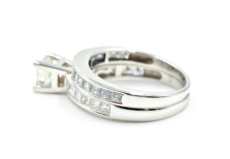 Women's or Men's 14 Karat White Gold 1.00 Carat Princess Cut Diamond Engagement Ring For Sale