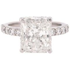 14 Karat White Gold 5.04 Carat Diamond Engagement Ring
