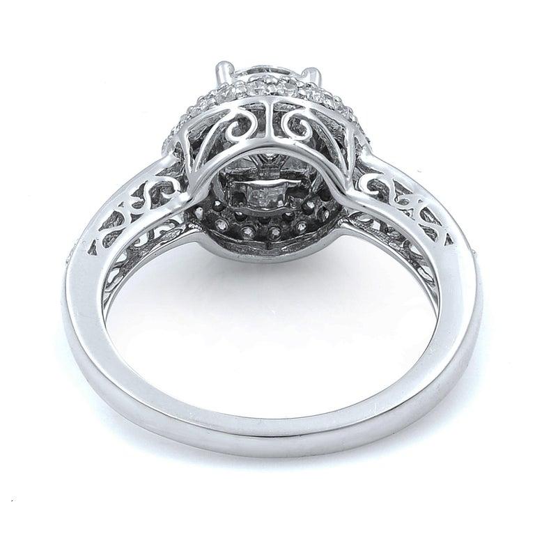 Round Cut 14 Karat White Gold Diamond Halo Engagement Ring 1.13 Carat For Sale