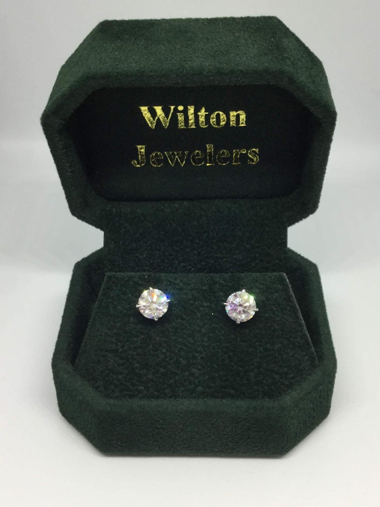 Women's or Men's 14 Karat White Gold Diamond Studs 2.04 Carat For Sale
