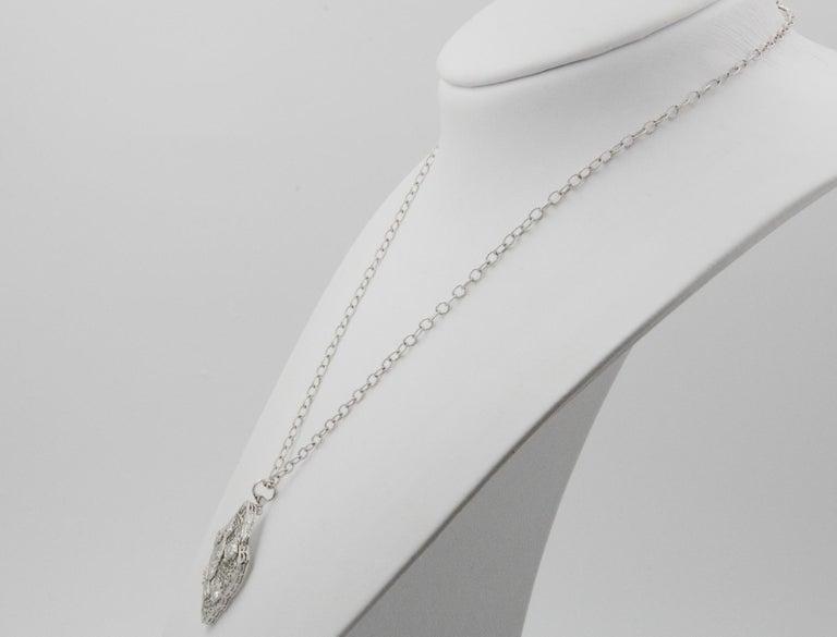 14 Karat White Gold Filigree European Cut Diamond Pendant In Good Condition For Sale In Dallas, TX