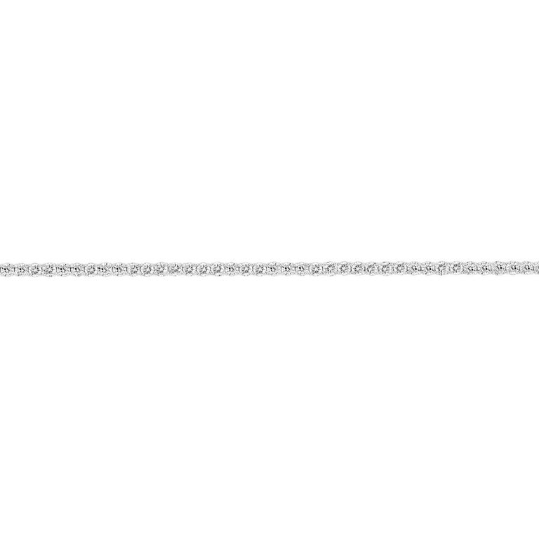 14k White Gold Four Prongs Diamond Tennis Bracelet '5 3/4 Ct .tw' In Excellent Condition For Sale In San Francisco, CA