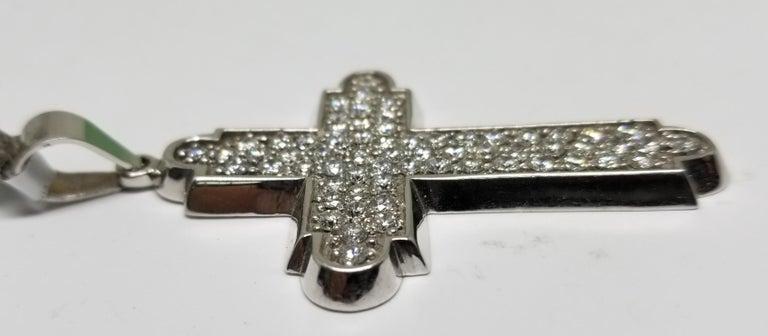 14 Karat White Gold Large Diamond Cross 4.58 Carat in Diamonds For Sale 1