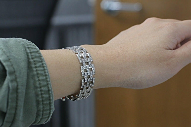 14 Karat Gold Maillon Panthere Diamond Bracelet 5-Row Beveled Link Bracelet For Sale 1