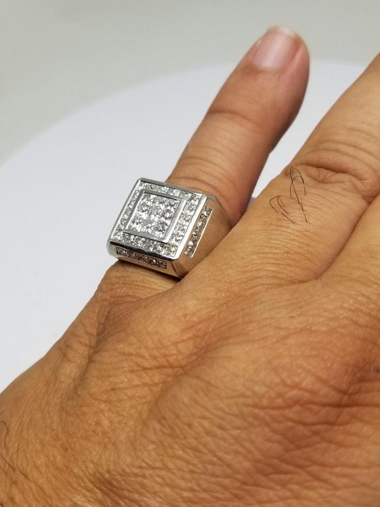 14 Karat White Gold Men's Princess Cut Diamond Channel Set Ring with 4.07 Carat For Sale 5