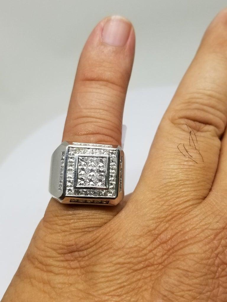 14 Karat White Gold Men's Princess Cut Diamond Channel Set Ring with 4.07 Carat For Sale 6