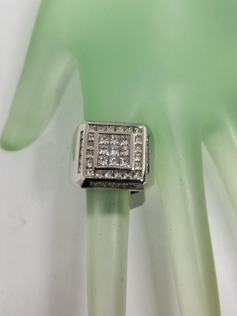 14 Karat White Gold Men's Princess Cut Diamond Channel Set Ring with 4.07 Carat For Sale 2