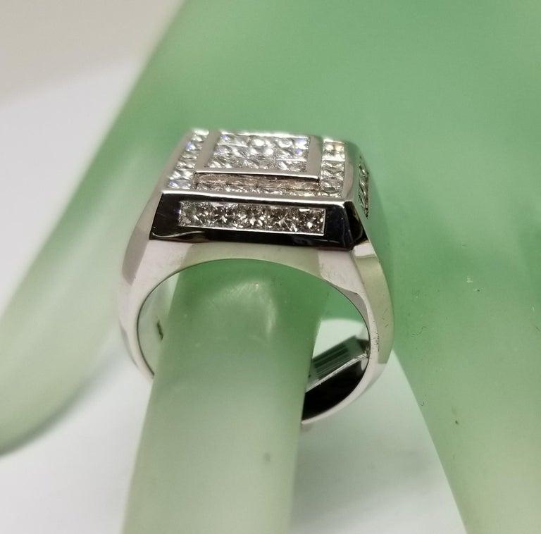 14 Karat White Gold Men's Princess Cut Diamond Channel Set Ring with 4.07 Carat For Sale 3