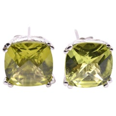 14 Karat White Gold Peridot Earrings