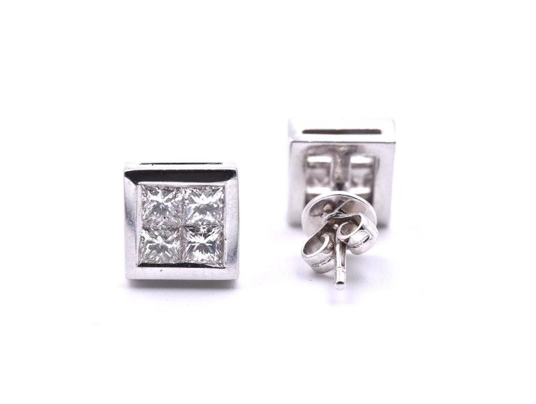 14 Karat White Gold Quadset Diamond Stud Earrings In Excellent Condition For Sale In Scottsdale, AZ