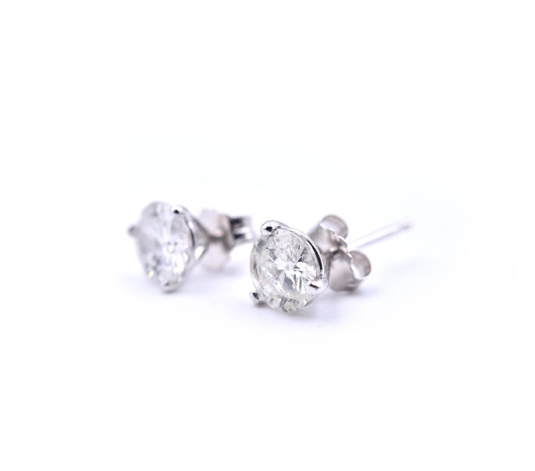 Round Cut 14 Karat White Gold Round Brilliant Diamond Stud Earrings For Sale