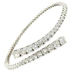 14k White Gold Round cut Diamond Crossover Bangle Bracelet