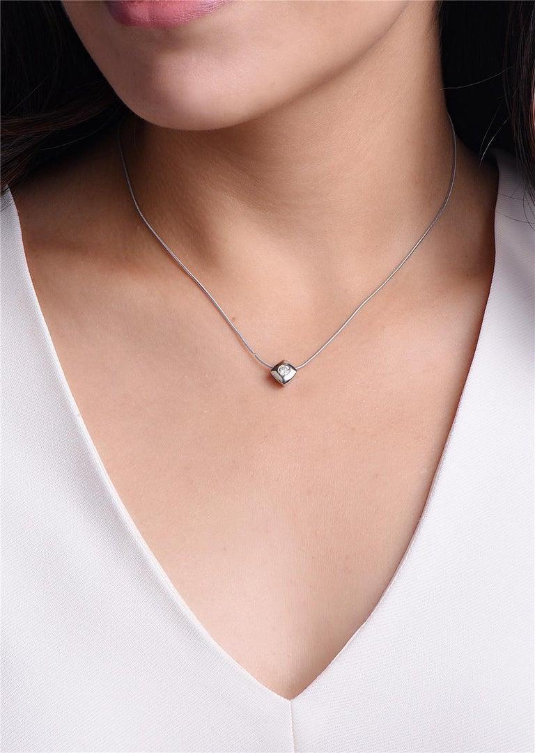Round Cut 14 Karat White Gold Square Pendant Necklace For Sale