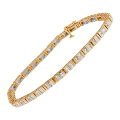 14k Yellow Gold 2ct. TDW Round and Baguette-Cut Diamond Bracelet 'H-I,SI2-I1'