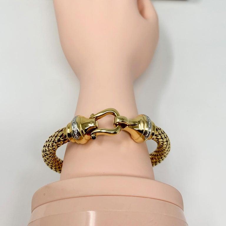 14 Karat Yellow Gold and Diamond Horse Bit Buckle Bangle Bracelet For Sale 2