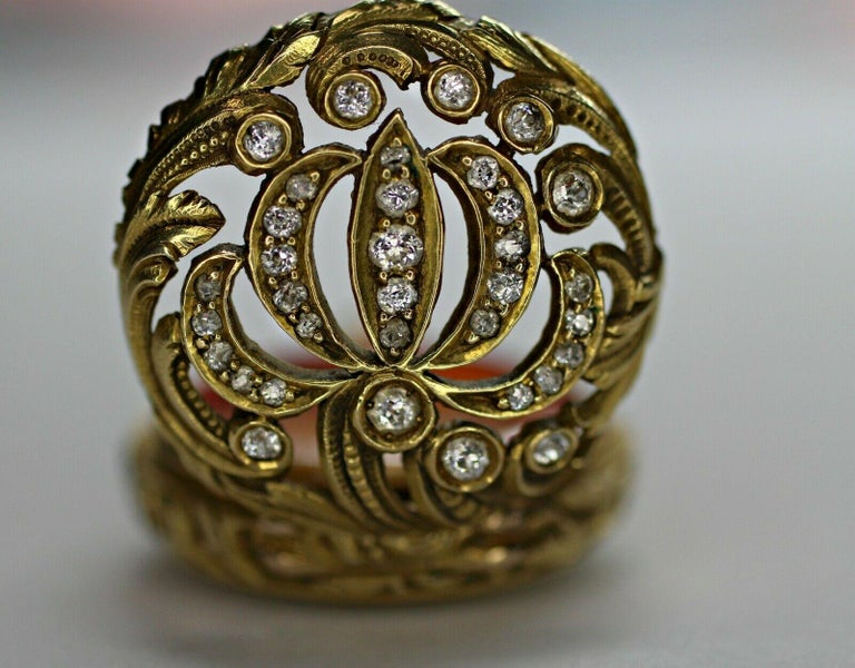 14 Karat Yellow Gold Diamond and Enamel Pocket Watch In Excellent Condition For Sale In Los Angeles, CA