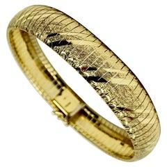 14 Karat Yellow Gold Diamond Cut Omega Link Bracelet