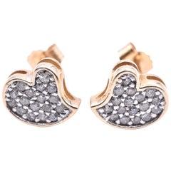 14 Karat Yellow Gold Diamond Pavé Heart Stud Earrings