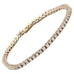 14 Karat Yellow Gold Diamond Tennis Bracelet