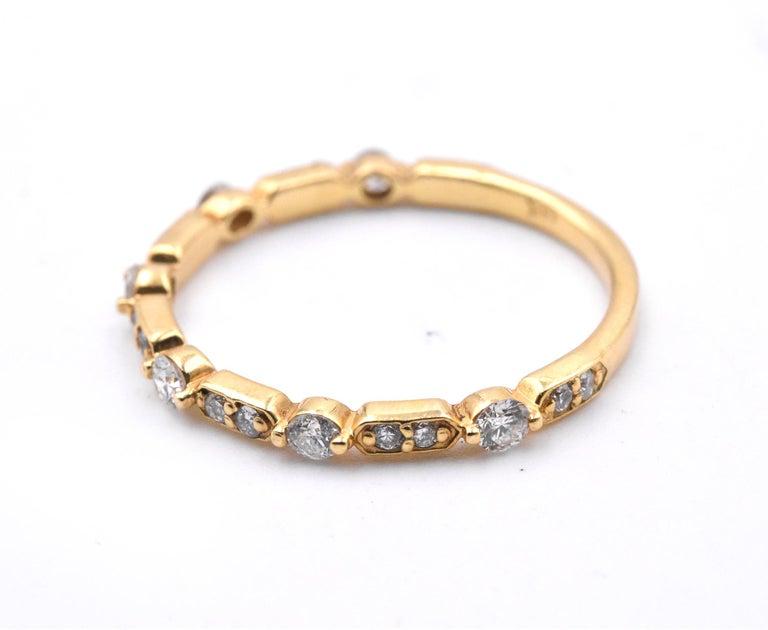 Round Cut 14 Karat Yellow Gold Intricate Diamond Band For Sale
