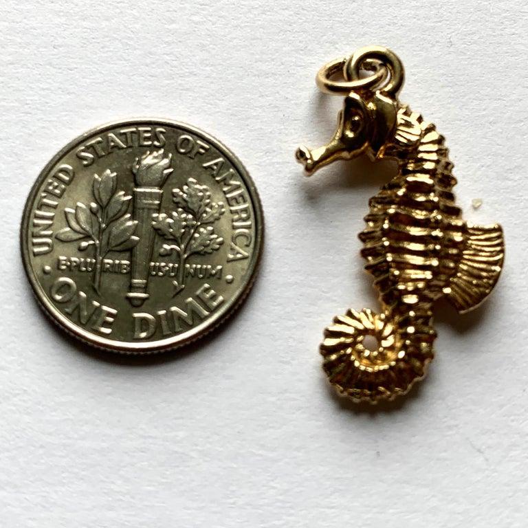 14 Karat Yellow Gold Seahorse Charm Pendant For Sale 6