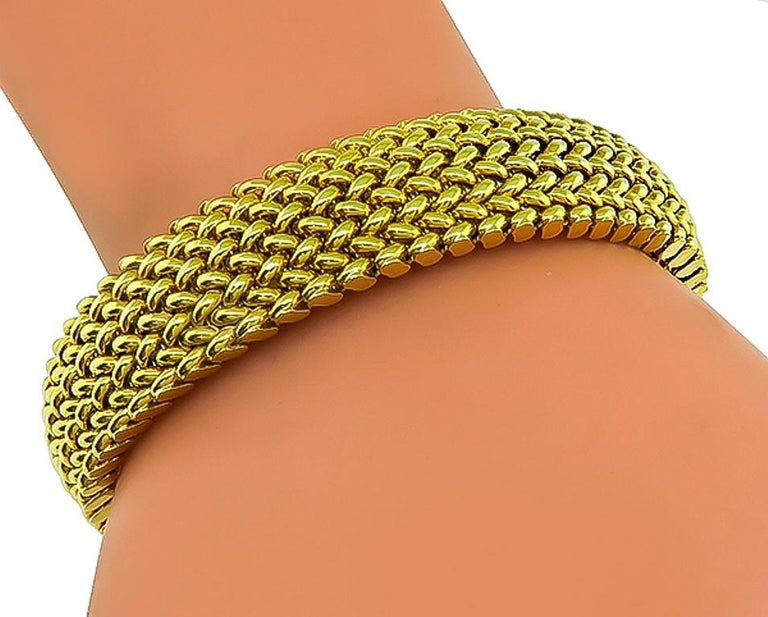 14 Karat Yellow Gold Weave Necklace and Bracelet Set In Good Condition For Sale In New York, NY