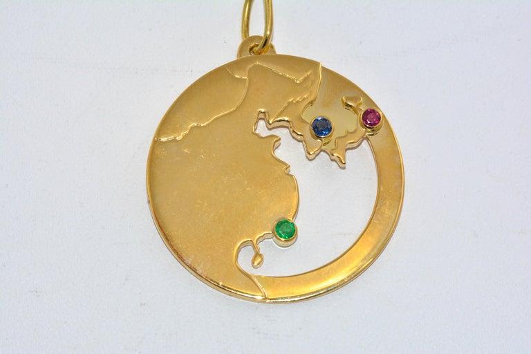 14 Karat Yellow Gold World Traveler Gemstone and Diamonds Charm Bracelet For Sale 1