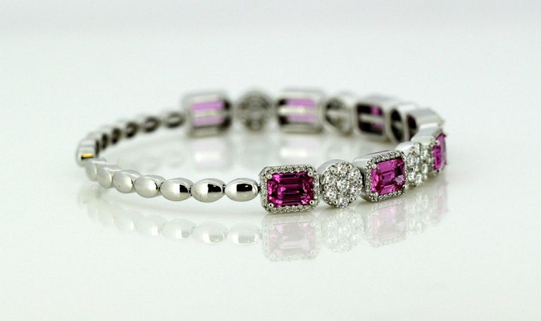 14 Karat White Gold Bangle with Natural Pink Sapphires and Diamonds For Sale 2
