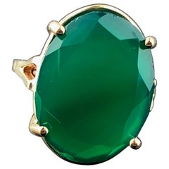 14kt Yellow Gold 9.33 Carat Oval Green Chalcedony Ring