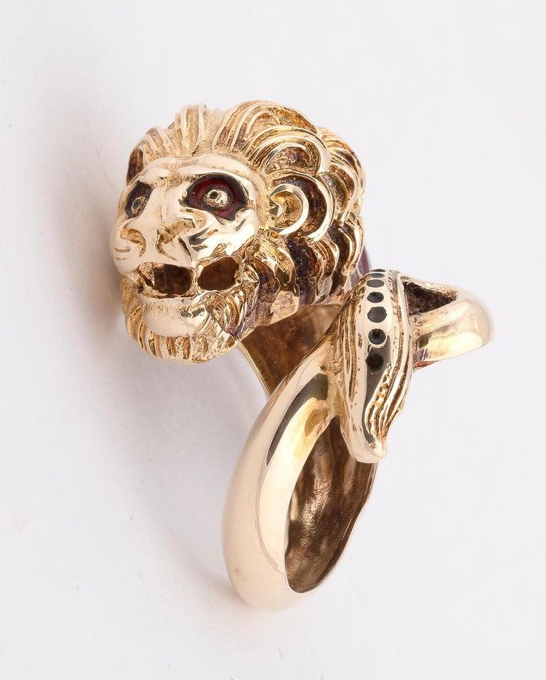 Retro 14 Karat Yellow Gold and Enamel Dress Ring For Sale