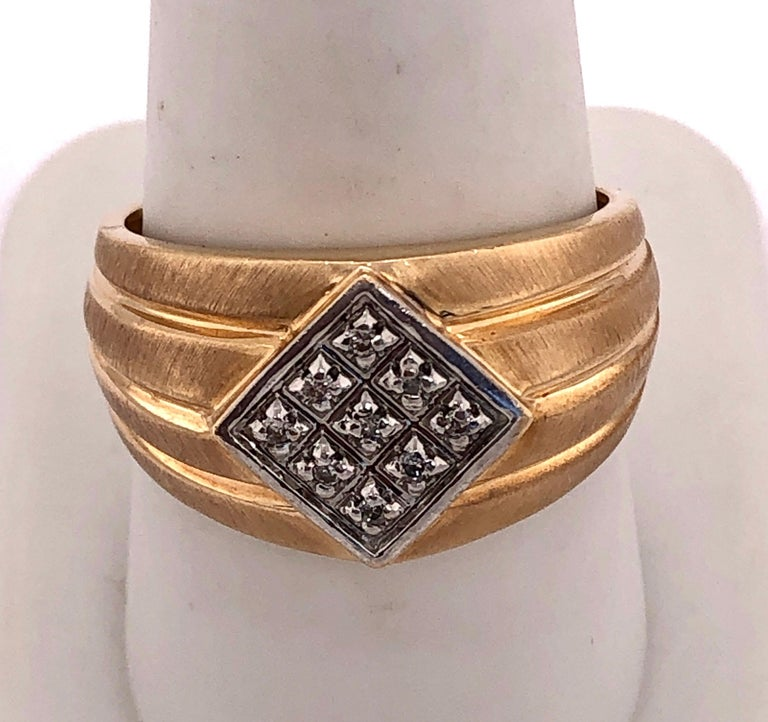 Women's or Men's 14 Karat Yellow Gold Contemporary Ring with Diamonds For Sale