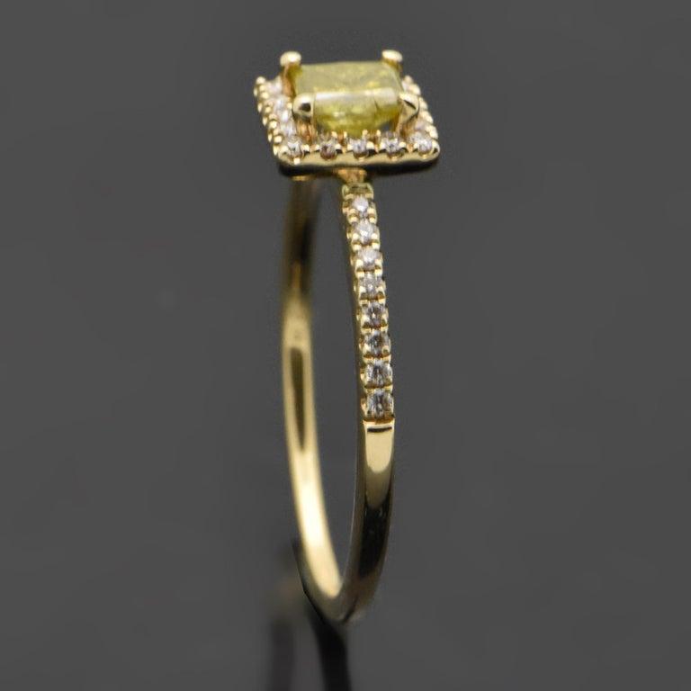 Women's 14 Karat Yellow Gold with Yellow Diamond Ring For Sale