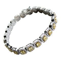 14KW D-9.26 FY SI1-SI2 CTRS-6.00 'Cushions' Natural Diamond Bracelet