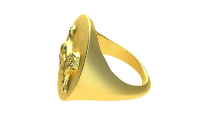14 Karat Yellow Gold Persepolis Lion Signet Ring In New Condition For Sale In New York, NY