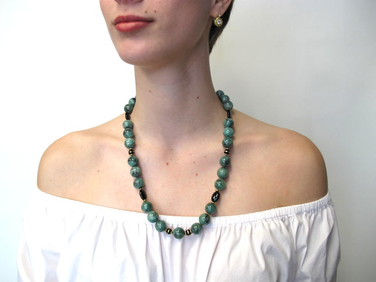 Emerald Bead Necklace with Yellow Gold and Onyx Accents For Sale 1