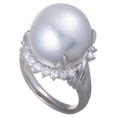 White Pearl and Diamond Platinum Ring