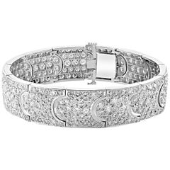 15 Carat Diamonds 18 Karat White Gold Wide Cocktail Bangle or Bracelet Estate