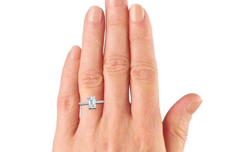 Women's or Men's 1.5 Carat Emerald Cut GIA Certified H-VS2 White Gold Engagement Ring For Sale