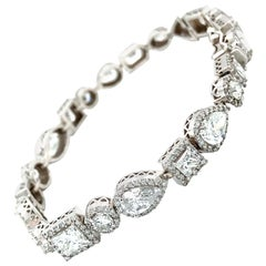 15 Carat Fancy Shape Diamonds Bracelet 18 Karat Gold