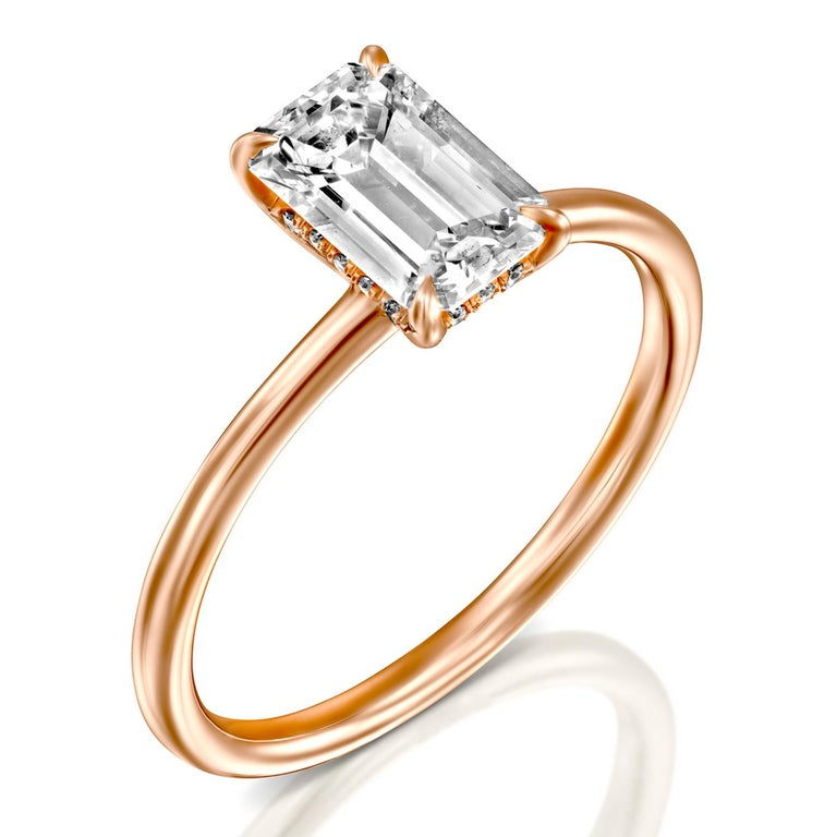 1.5 Carat GIA Diamond Ring, Solitaire Emerald Cut 18 Karat Rose Gold Ring In New Condition For Sale In New York, NY