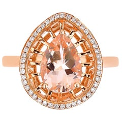1.5 Carat Morganite and Diamond Ring in 18 Karat Rose Gold
