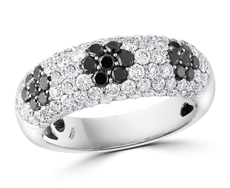 1.5 Carat White Diamond and 0.6 Carat Black Diamond Cocktail Ring 14 Karat Gold For Sale 7